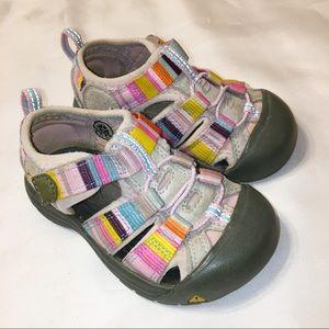 bc3fffa096e1 Keen girls  shoes sandals size 7
